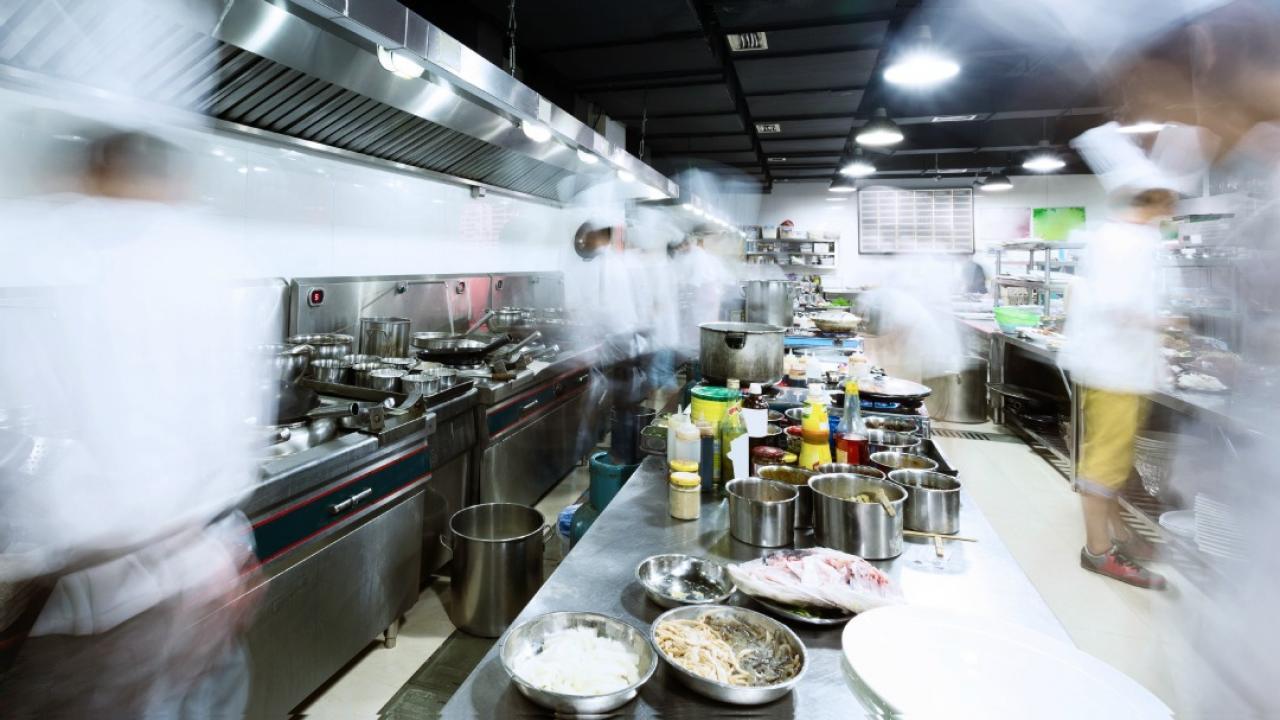 3 Tips Bisnis Restaurant Yang Dikelola Keluarga